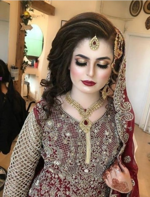20 Latest Pakistani Bridal Wedding Hairstyles Trends 2021 16